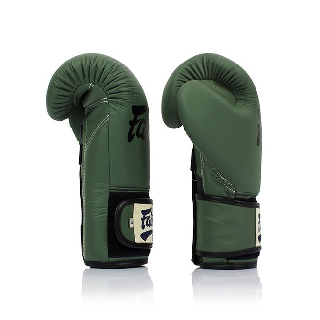 Fairtex BGV11, F-Day Boxing Glove, Green, 10 Oz + Dog-tag